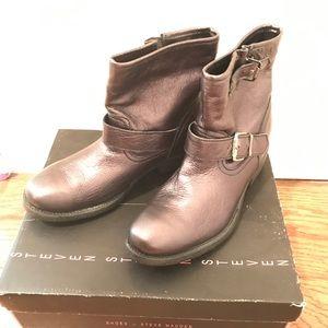 Steve Madden Black Metallic Shoes Size 7